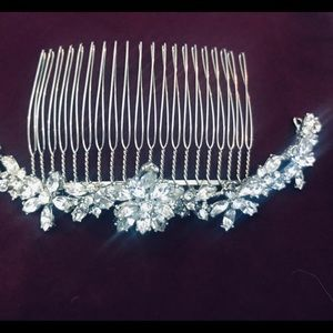 Accessories - Swarovski Crystal Hair Comb
